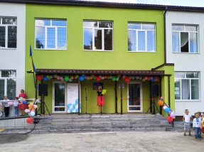 У День знань у Новоайдарі відкрито оновлений дитячий садок